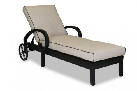 Monterey Chaise Lounge